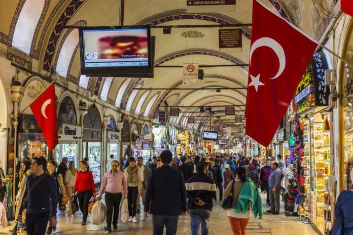 ستة أشياء لا تفعلها أبدا في تركيا | المعيشة في تركيا